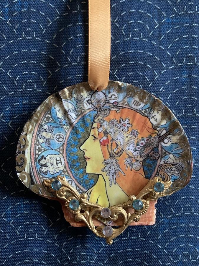 Zodiac scallop shell ornament